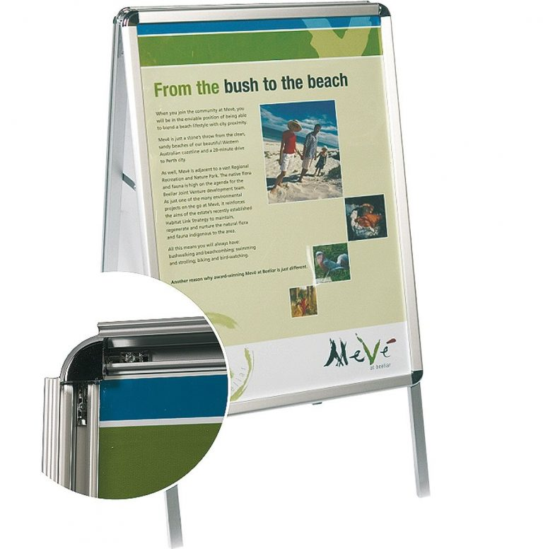 Poster snap a frame ideal for changeable images